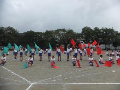 6年生の壮大な集団演技
